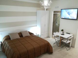 Guest House Via Marina Promo Siti Web Quadrato